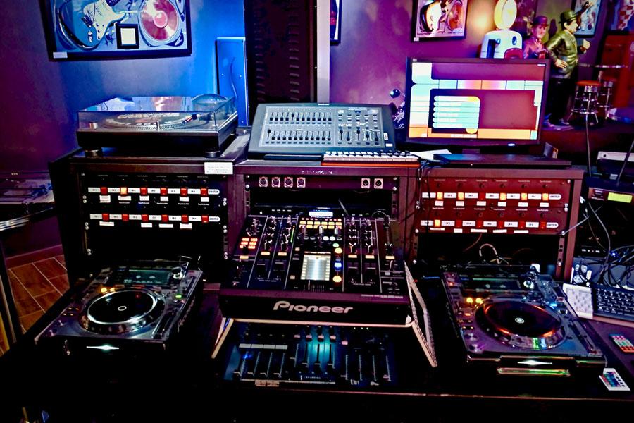 EventSierre - Table de dj